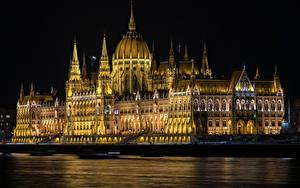 Bilder Ungarn Budapest Haus Flusse Nacht Hungarian Parliament