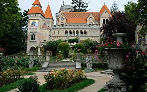 Hintergrundbilder Ungarn Burg Park Skulpturen Treppe Bory Castle Städte