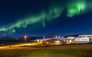 Bilder Island Haus Aurora borealis Nacht Straßenlaterne Natur
