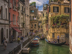 Images Italy Boats Motorboat Venice Canal Street Cities
