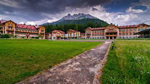 Fotos Italien Gebirge Gebäude Alpen Hotel Grand Hotel Toblach