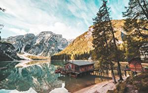 Fotos Italien Berg See Bäume Braies Lake, South Tyrol