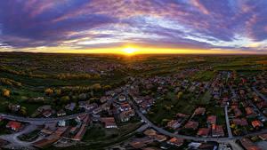 Hintergrundbilder Italien Morgendämmerung und Sonnenuntergang Haus Wege Himmel Von oben Sonne Rivanazzano Lombardia Städte