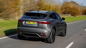 Bilder Jaguar Fährt Asphalt Hinten Graues Metallisch E-Pace P300, AWD R-Dynamic, UK-spec, 2017 automobil