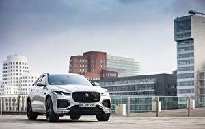 Hintergrundbilder Jaguar Haus Silber Farbe Metallisch F-Pace P400e R-Dynamic AWD, Worldwide, 2020 -- Autos