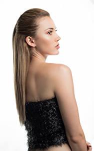 Hintergrundbilder Weißer hintergrund Blond Mädchen Haar Jessica junge frau