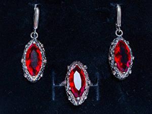Bilder Schmuck Drei 3 Ring Ohrring Ruby