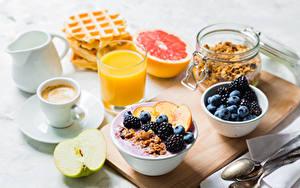 Pictures Juice Coffee Berry Muesli Apples Blackberry Breakfast Highball glass Cup
