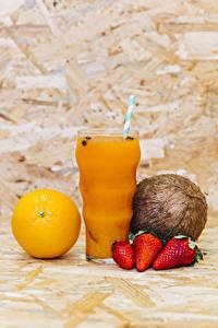 Hintergrundbilder Saft Orange Frucht Kokos Erdbeeren Trinkglas Lebensmittel