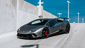 Fotos Lamborghini Graues Huracan 2017 Performante automobil