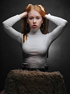 Fotos Rotschopf Hand Starren Lisa, Nikolay Bobrovsky Mädchens