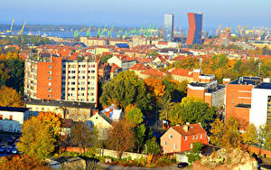 Fotos Litauen Gebäude Herbst Bäume