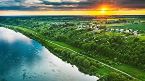Hintergrundbilder Litauen Fluss Gebäude Felder Morgendämmerung und Sonnenuntergang Kaunas Von oben