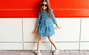 Hintergrundbilder Kleine Mädchen Model Kleid Brille Kinder
