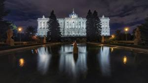 Hintergrundbilder Madrid Spanien Gebäude Springbrunnen Nacht Palacio Real Städte