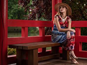 Hintergrundbilder Bank (Möbel) Sitzend Kleid Der Hut Blick Magdalena Warszawa Starren