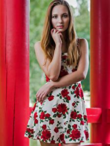 Hintergrundbilder Model Posiert Kleid Hand Starren Magdalena Warszawa junge frau