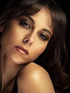 Hintergrundbilder Make Up Gesicht Braunhaarige Starren Ana Victoria junge frau