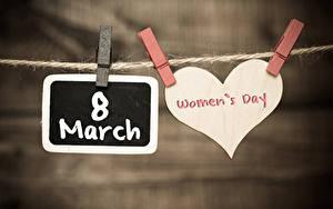 Bilder Internationaler Frauentag Unscharfer Hintergrund Herz Englischer Text Wäscheklammer