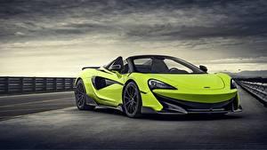 Hintergrundbilder McLaren Roadster Gelbgrüne Spider 2019 600LT Autos