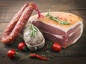 Fotos Fleischwaren Wurst Tomate Chili Pfeffer Lebensmittel