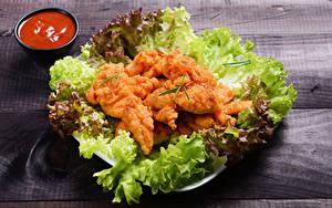 Hintergrundbilder Fleischwaren Gemüse Hühnerfleisch Bretter Ketchup das Essen