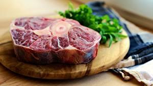 Fotos Fleischwaren Schneidebrett Stück Unscharfer Hintergrund steak das Essen