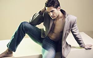Fotos Mann Model Jeans