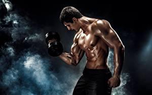 Hintergrundbilder Mann Muskeln Hantel Körperliche Aktivität Rauch Schöner sportliches