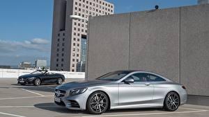 Desktop hintergrundbilder Mercedes-Benz Silber Farbe Seitlich Coupe S 560, Coupe AMG Line, 2017 automobil