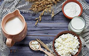 Hintergrundbilder Milch Topfen Weißkäse Quark Hüttenkäse Saure Sahne Bretter Kanne Trinkglas Ähre Die Sahne Lebensmittel
