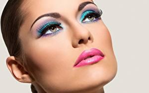 Hintergrundbilder Model Gesicht Schminke Starren junge frau