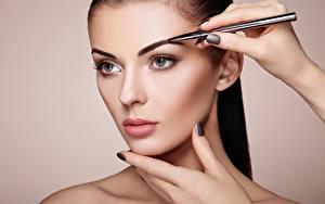 Desktop hintergrundbilder Model Gesicht Schminke Starren Schöne junge frau