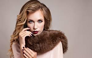 Bilder Model Make Up Maniküre Blick junge Frauen