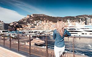 Bilder Monaco Jacht Monte-Carlo Zaun Hinten Blondine Städte