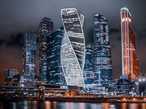 Hintergrundbilder Moskau Russland Wolkenkratzer Gebäude Nacht Moscow City