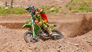Hintergrundbilder Motorradfahrer Uniform Bewegung Helm Motorrad