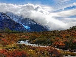 Fotos Berg Argentinien Gras Bäche Wolke Andes, Patagonia Natur