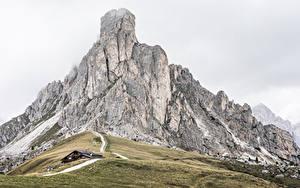 Hintergrundbilder Gebirge Italien Dolomites, La Gusela Peak