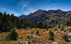 Fotos Berg Steine Himmel Andorra Bäume Pyrenees