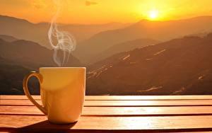 Fotos Gebirge Sonnenaufgänge und Sonnenuntergänge Becher Dampf Sonne