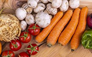 Desktop hintergrundbilder Pilze Tomaten Mohrrübe Lebensmittel