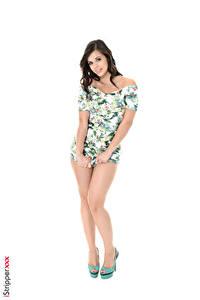 Bilder Nekane Sweet iStripper Weißer hintergrund Brünette Posiert Kleid Hand Bein High Heels Mädchens
