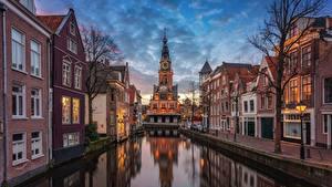 Fotos Niederlande Abend Kanal Straßenlaterne Alkmaar, Nordholland channel