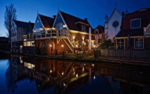 Hintergrundbilder Niederlande Gebäude Nacht Kanal Straßenlaterne Zaun De Rijp Städte