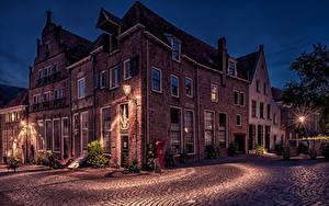 Bilder Niederlande Haus Nacht Straße Straßenlaterne Deventer