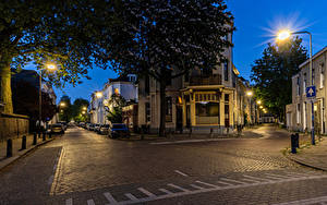Fotos Niederlande Gebäude Abend Straße Straßenlaterne Arnhem