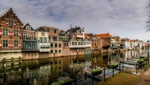 Fotos Niederlande Haus Kanal Straßenlaterne Gorinchem Städte