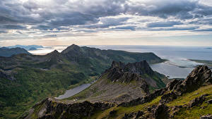 Hintergrundbilder Norwegen Lofoten Berg Küste Wolke Laukvik