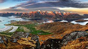 Hintergrundbilder Norwegen Lofoten Landschaftsfotografie Gebirge Gebäude Bucht